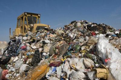 """邯郸市复兴区师窑村:堆积多年的垃圾山被""""搬""""走了"""