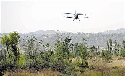 前两天有一架直升飞机在响堂山上盘旋,这是干啥呢?
