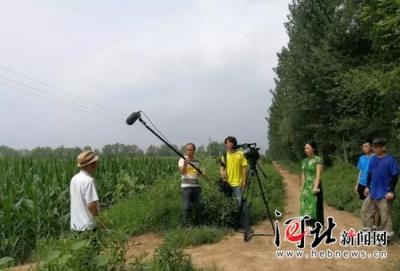 纪录片《改土治碱》在邯郸曲周开拍