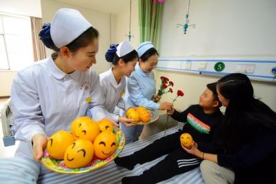 """一个微笑一声""""您好"""" 邯郸第三医院喜迎""""世界问候日"""""""