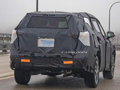 丰田下一代汉兰达来了!空间更大,换8AT,还有混动版