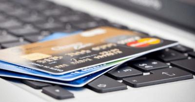 1003金融分析师--如何跨行还信用卡?