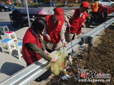邯郸魏县2000多名志愿者服务景区