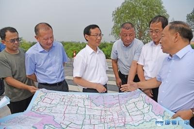 张维亮到永年区督导检查道路环境综合整治