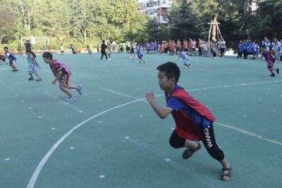 邯山区实验小学:家校联合齐运动 大家一起嗨起来