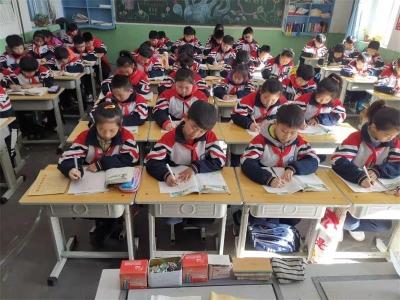 我书写 我快乐 ——邯山区明珠实验小学开展学生书写抽测活动
