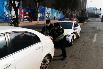 车辆半路熄火 邯郸市交巡警及时救助