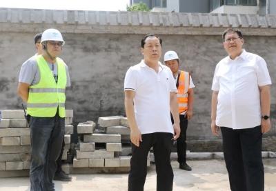 峰峰矿区领导深入一线督导城建项目和老旧小区改造工作