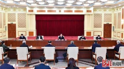 中共河北省委召开党外人士座谈会 王东峰主持并讲话
