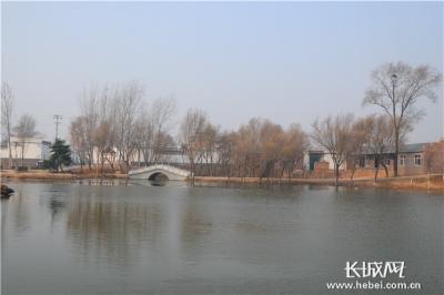 邱县:冬日修渠忙 村洁生态美