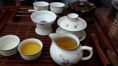光靠喝茶就能预防新冠病毒感染?这事儿不靠谱!