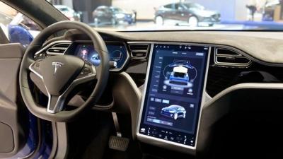 觸摸屏故障!特斯拉將召回超13萬輛汽車