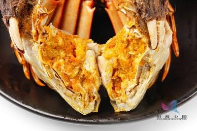 剛死的螃蟹能吃嗎?哪些部位不能吃?誤食後果很嚴重……